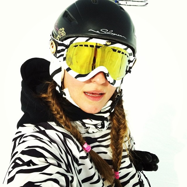 @sanjalala #snow #zebra