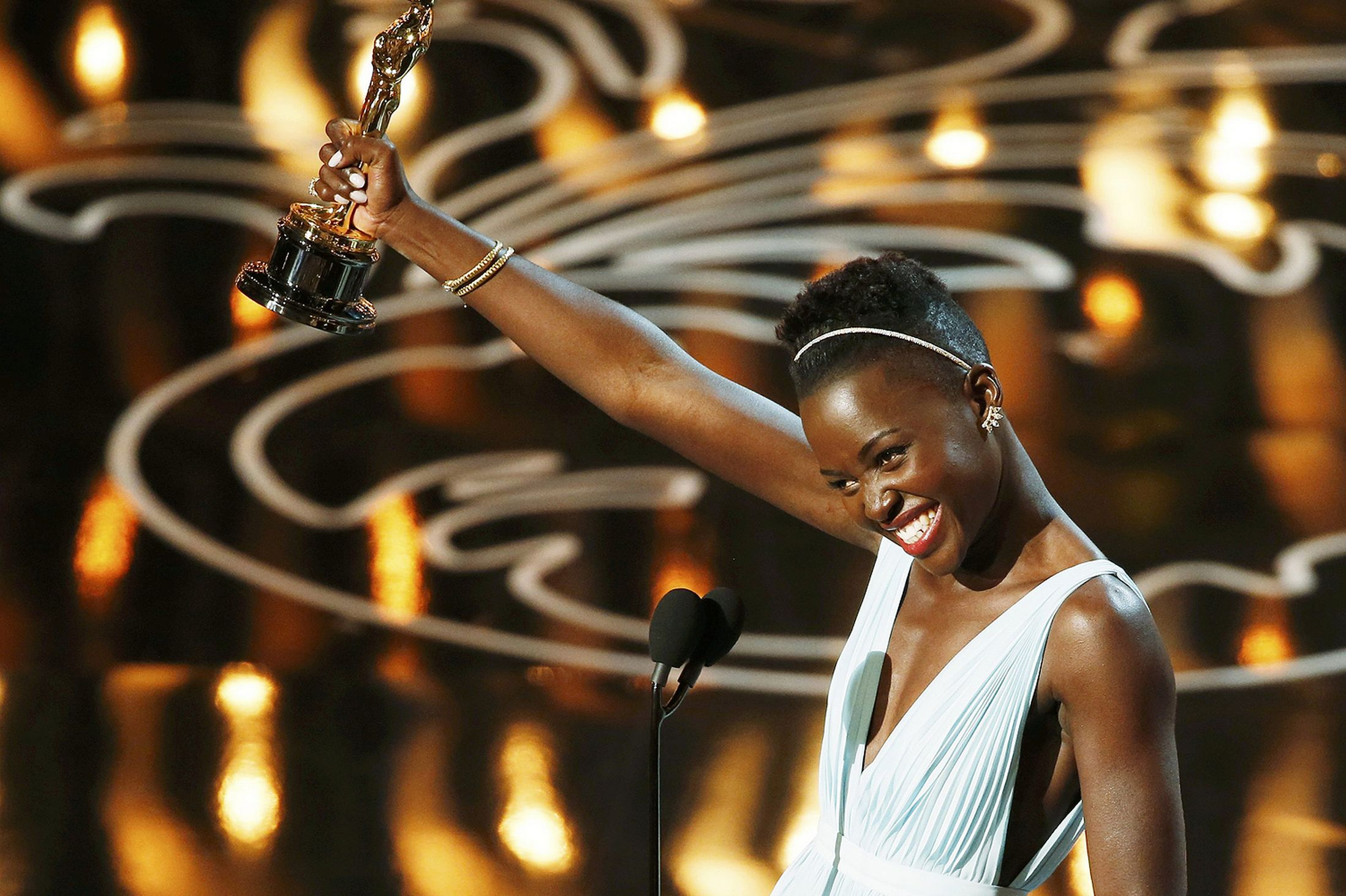 Lupita-Nyongo-wins-best-supporting-actress_Reuters