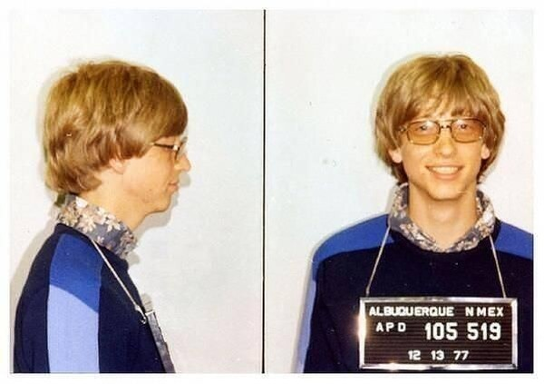 Bill Gates mug shot for driving without a license 1977