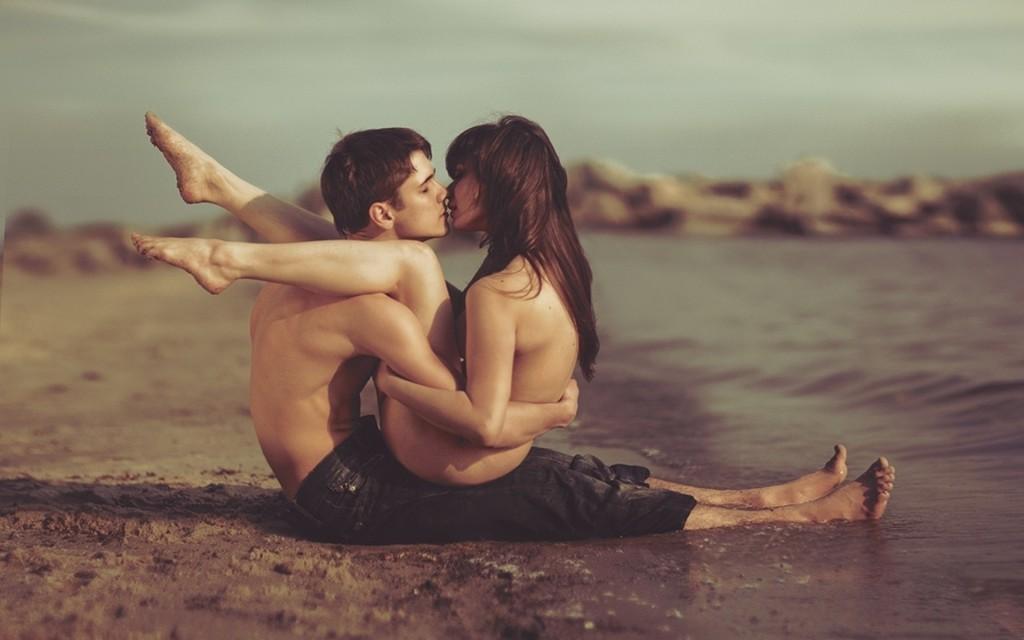 7 причини зошто да имате секс авантура на летен одмор