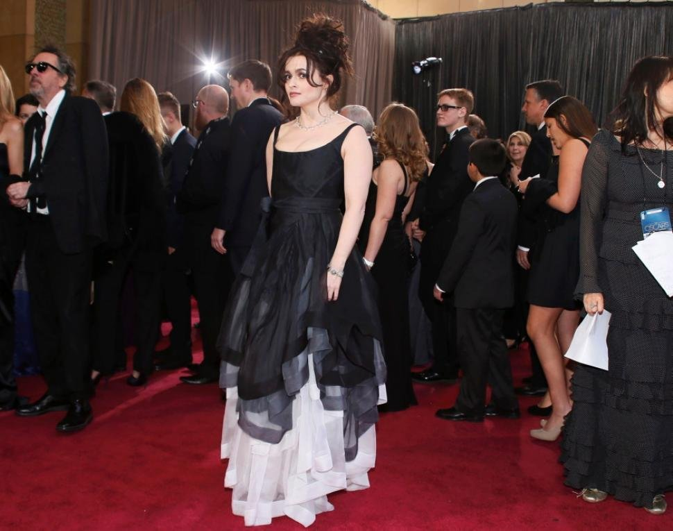 10-of-the-biggest-celebrity-fashion-fails-4