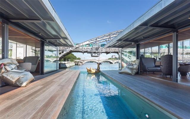Seine_Floating_Hotel_majkatiitatkoti