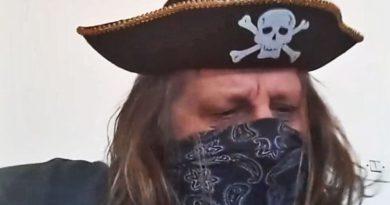 Гусарот од Сретеново: Сретеновски турбо-блуз… (Видео)